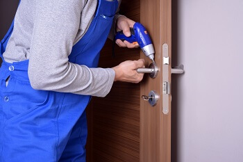 Locksmith Fernbrook for lock repair